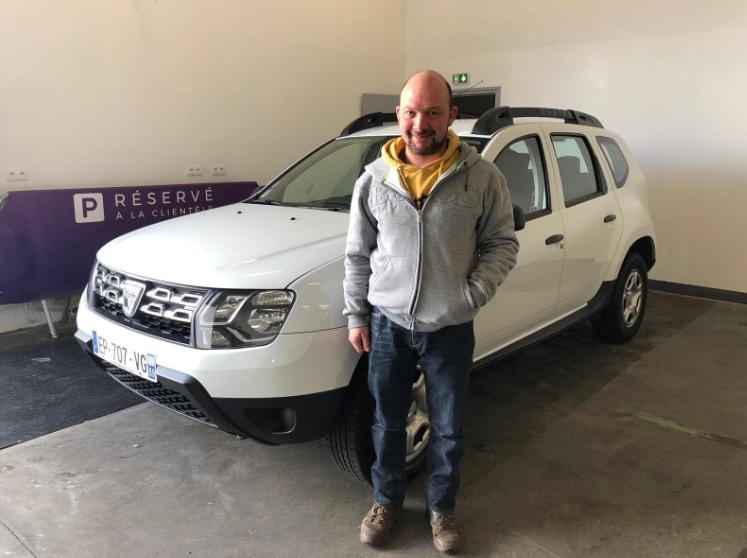 Dacia Duster Via Automobile